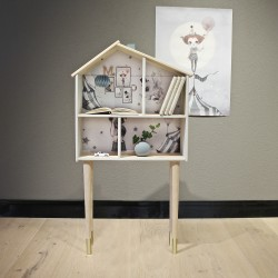 Doll House by Mrs Mighetto