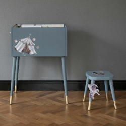 Metod bookbin and Flisat stool by Mrs Mighetto