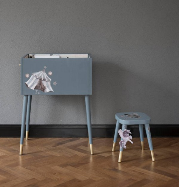 PrettyHackathon - Metod bookbin and Flisat stool by Mrs Mighetto